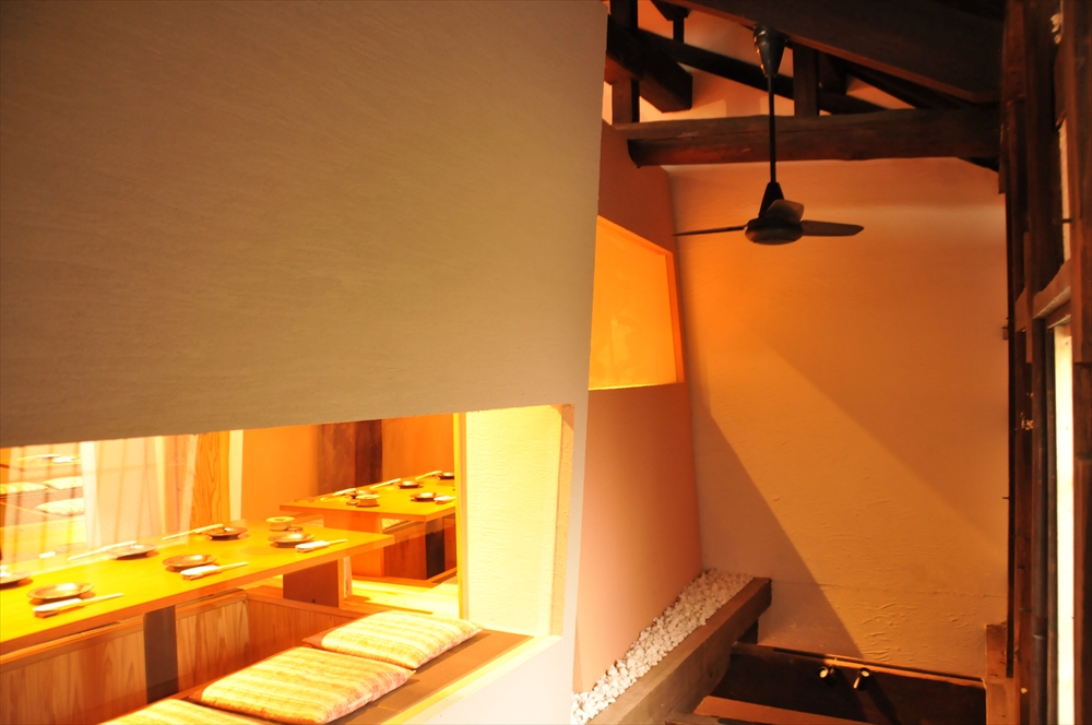 二階個室②(右手前とその奥が繋がります)